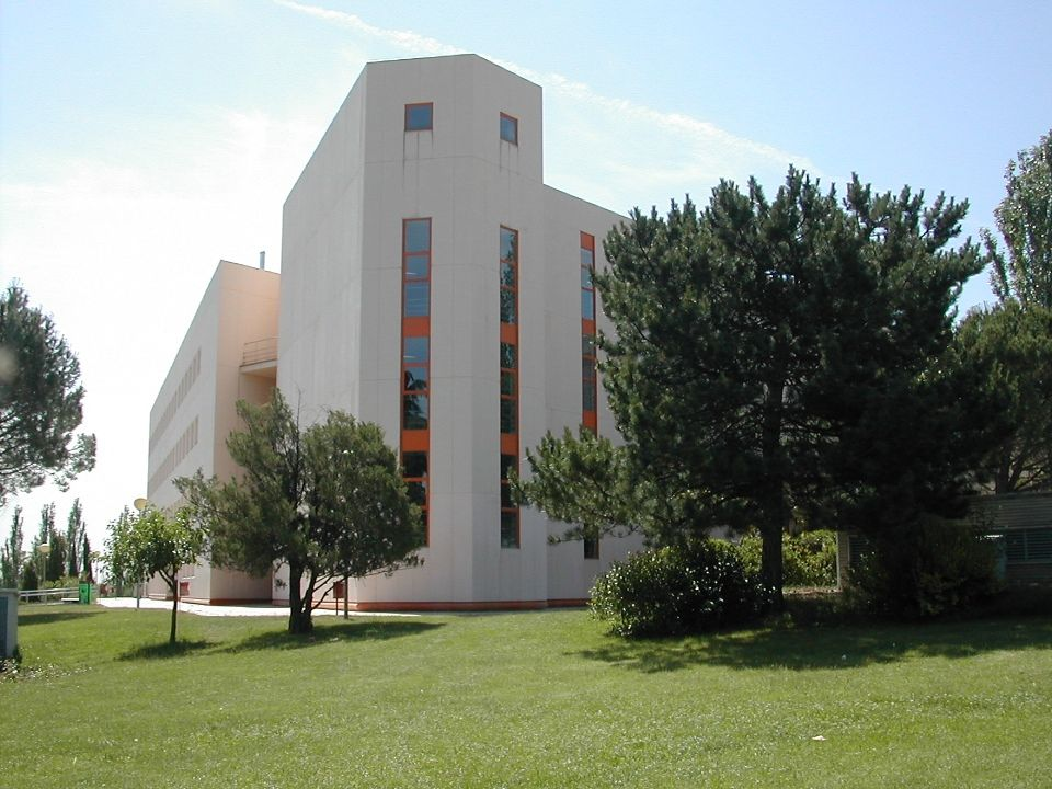 Aulario Universidad Complutense Madrid Somosaguas
