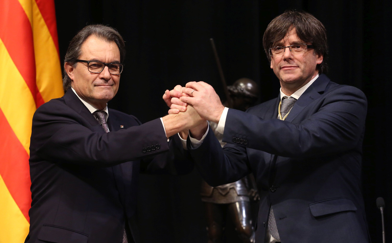 Els presidents Mas i Puigdemont en la presa de possessió