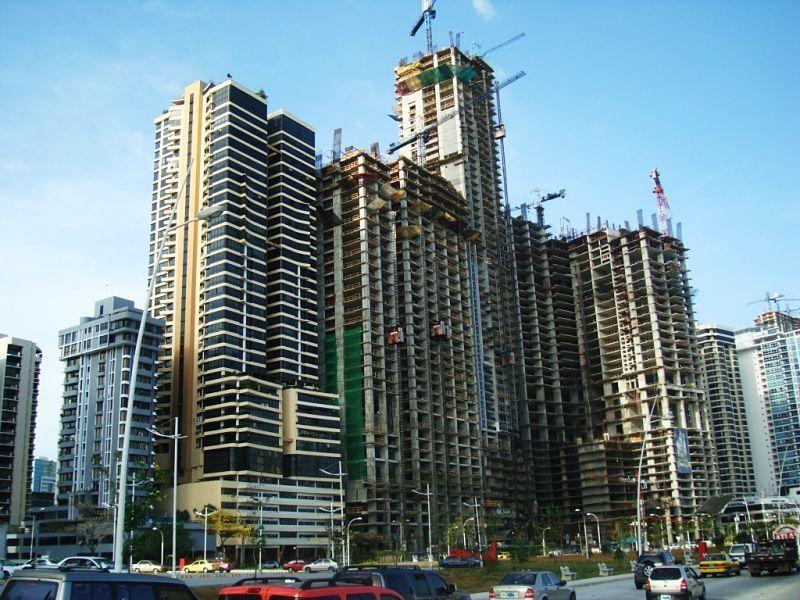 Construcción masiva en Panamá opt