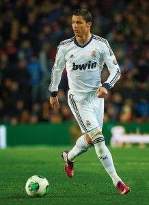 Cristiano Ronaldo1 218x300