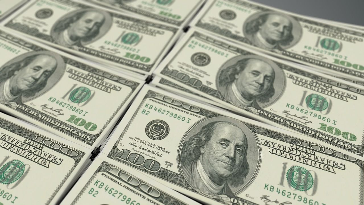 Desbancarización Y Auge Del Dólar
