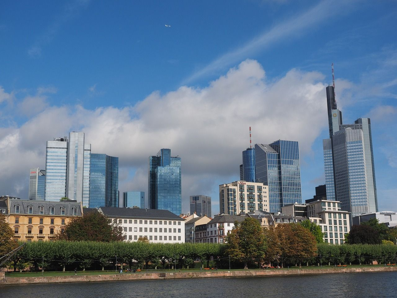Hochaeuser Frankfurt Am Main Germany Skyscraper