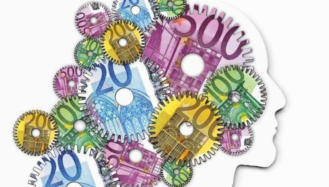 Maquinaria de dinero, gastos, arbitraje, precios